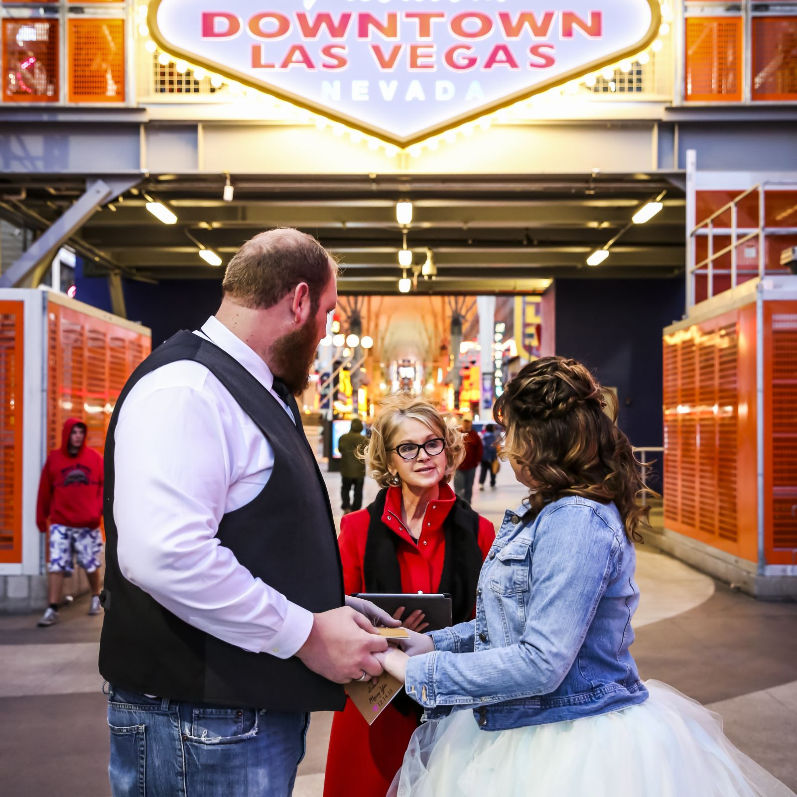 Las Vegas Wedding Officiant - Fremont Street