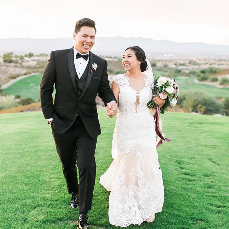 Las Vegas Wedding Officiant - Michelle Brunkhardt